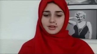فرسة محجبة تقلع وتعرض جسمها النار الفيديو الإباحية العربية