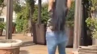 بنطلون أشرطة الفيديو الإباحية العربية في Www.sosiano.com