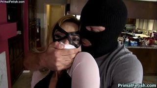 سكس اغتصاب Xnxx ملثم يتسلل لمنزل جارته ويغتصب كسها Xxx فيديو عربي